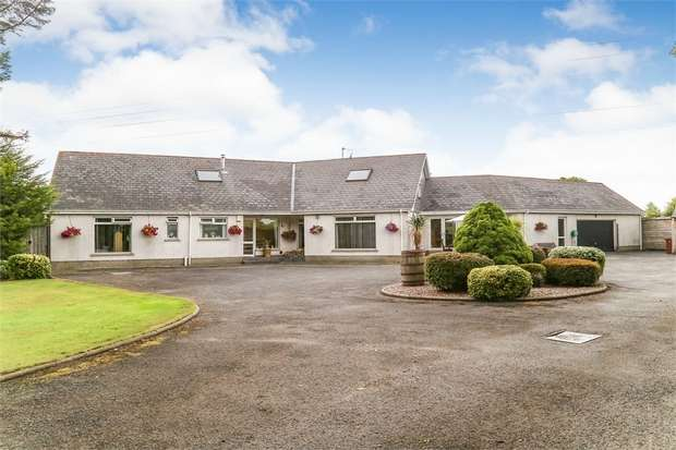 5 Bedrooms Detached House for sale in 7 Ravarnet Road, Lisburn, County Antrim