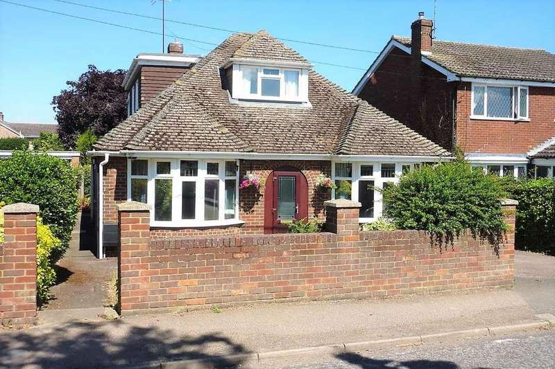 3 Bedrooms Detached House for sale in Barton Road, Harlington