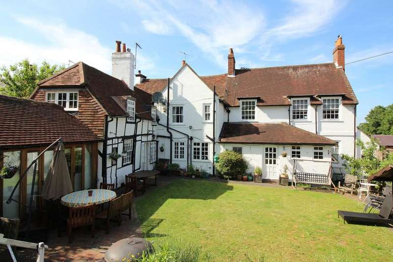6 Bedrooms Detached House for sale in East Street, Alresford, Hampshire