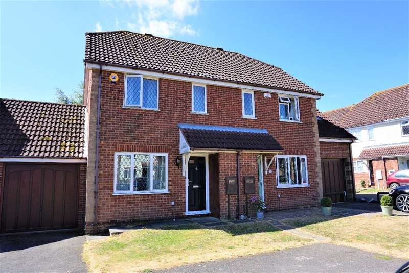 3 Bedrooms Semi Detached House for sale in COURT CORNER, OLNEY