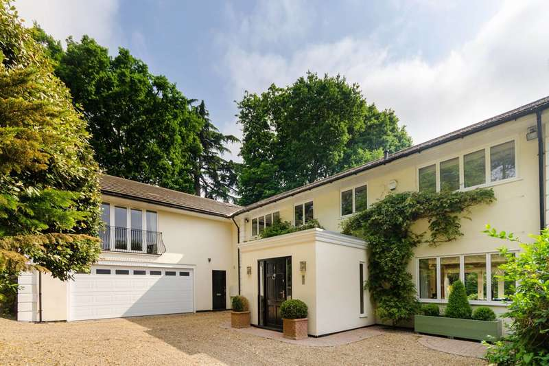 7 Bedrooms Detached House for sale in Gatehouse Close, Coombe, KT2