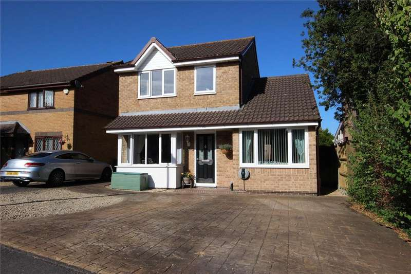 3 Bedrooms Detached House for sale in Ormonds Close, Bradley Stoke, Bristol, BS32