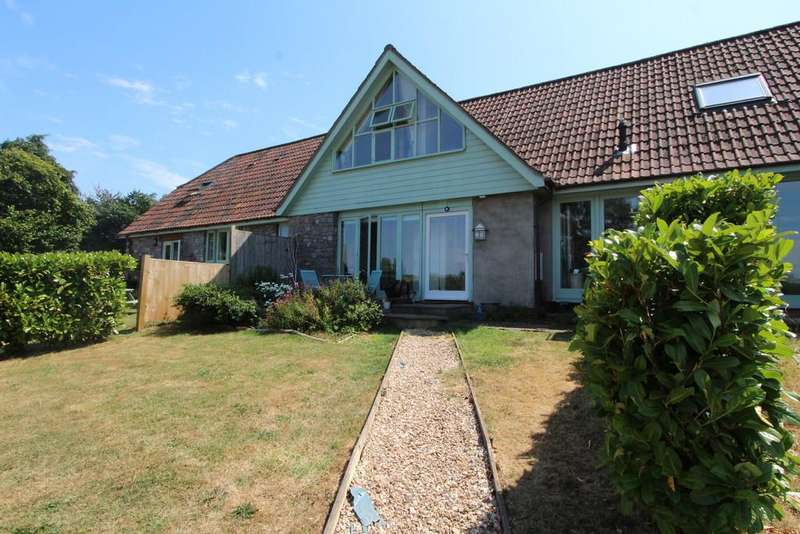 3 Bedrooms Cottage House for sale in Superb cottage with paddock in Langford