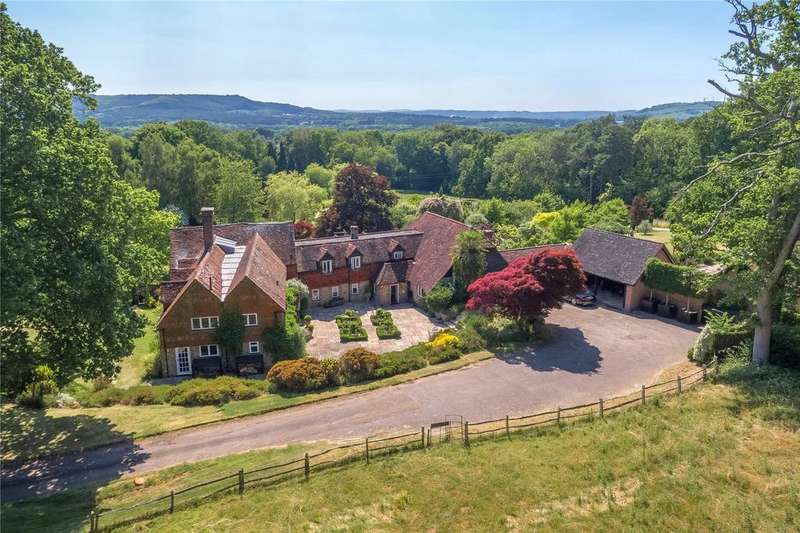 6 Bedrooms Detached House for sale in Fridays Hill, Fernhurst, Haslemere, GU27