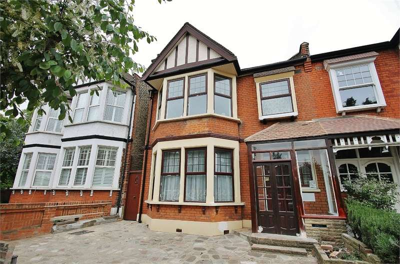4 Bedrooms Semi Detached House for sale in Woodlands Avenue, WANSTEAD E11