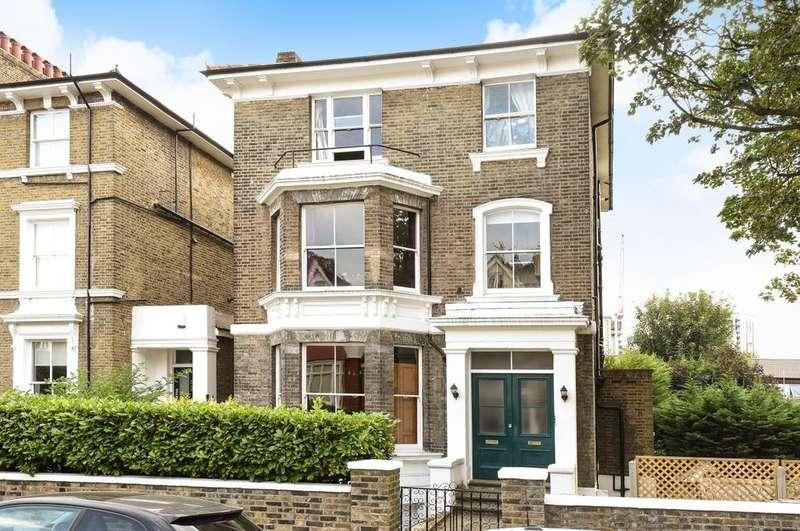 2 Bedrooms Flat for sale in Eliot Park London SE13