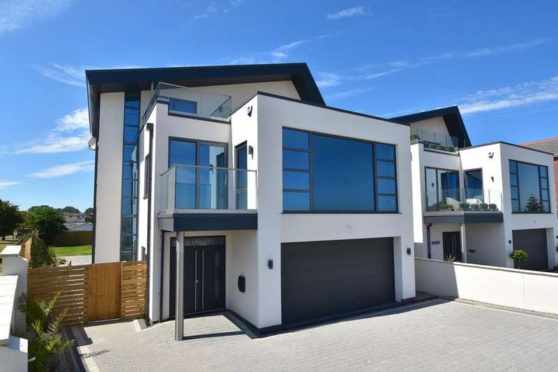 4 Bedrooms Detached House for sale in Cliff Road, Felixstowe, IP11 9SQ