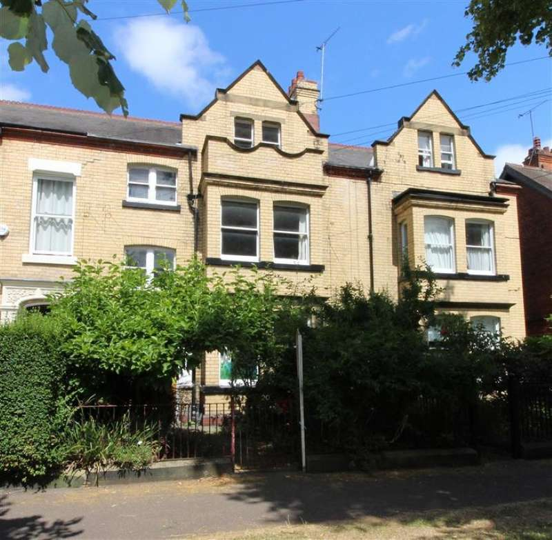 Terraced House for sale in 20 Westbourne Avenue, Hull, East Yorkshire