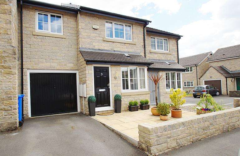 3 Bedrooms Town House for sale in Hob Mill Rise, Mossley OL5