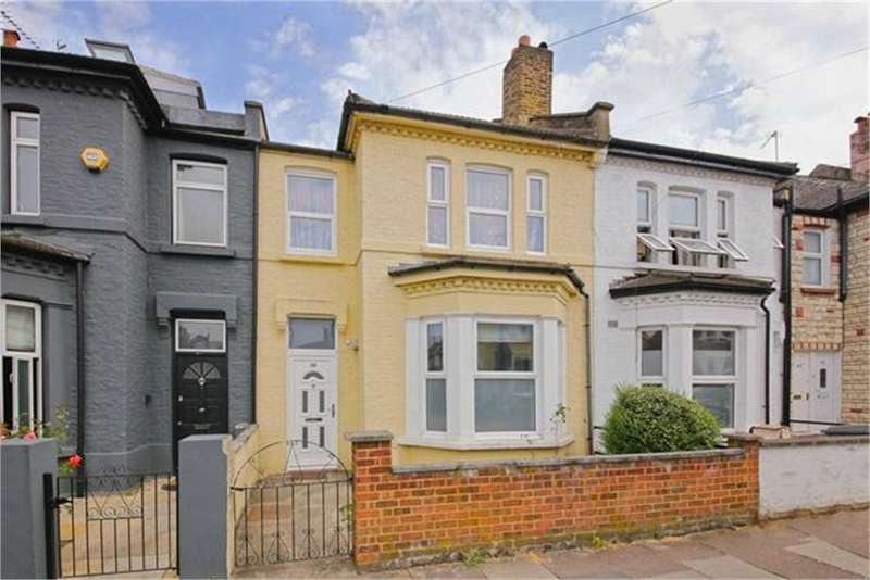 4 Bedrooms Terraced House for sale in Brownlow Road, London