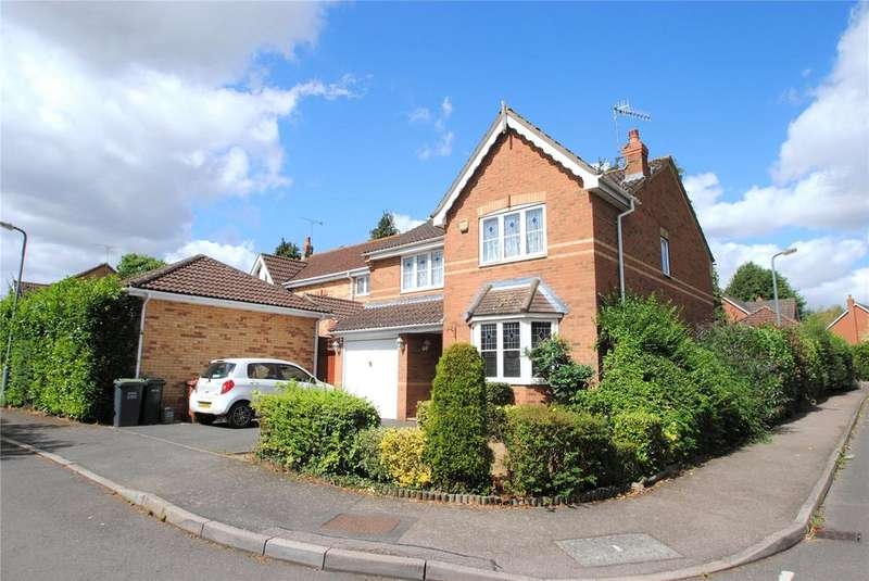 4 Bedrooms Detached House for sale in Edinburgh Drive, Abbots Langley, Hertfordshire, WD5