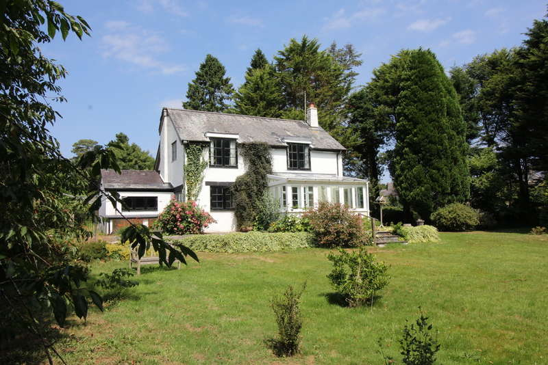 3 Bedrooms Detached House for sale in South Brent, Devon
