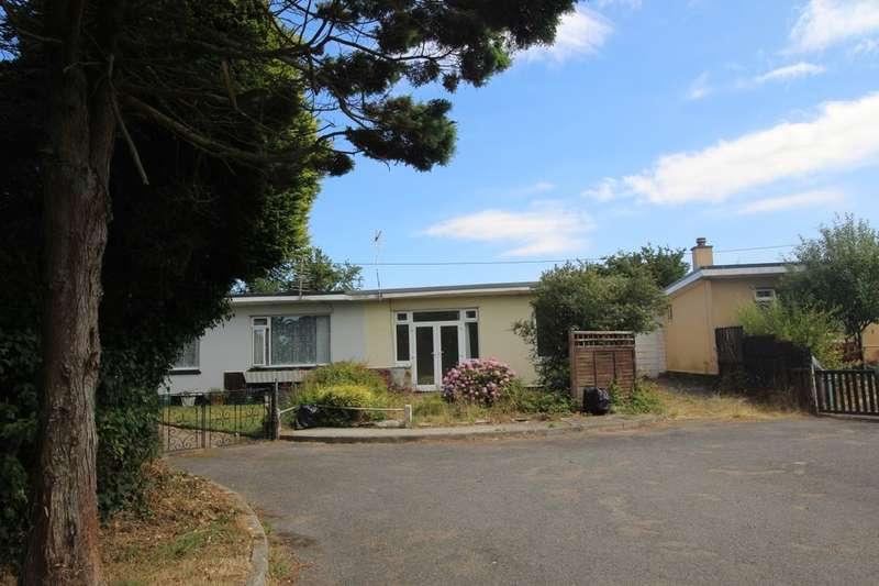 2 Bedrooms Semi Detached Bungalow for sale in Scoria Close, Scorrier, Redruth, TR16