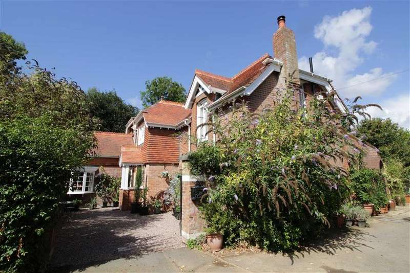 5 Bedrooms House for sale in New Milton, Hampshire