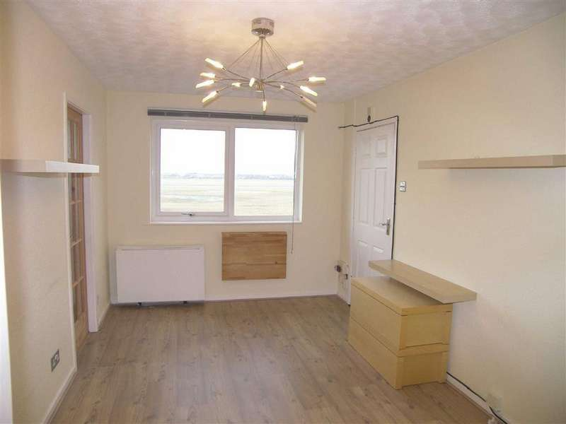 1 Bedroom Apartment Flat for sale in The Hamlet, Lytham St Annes, Lancashire
