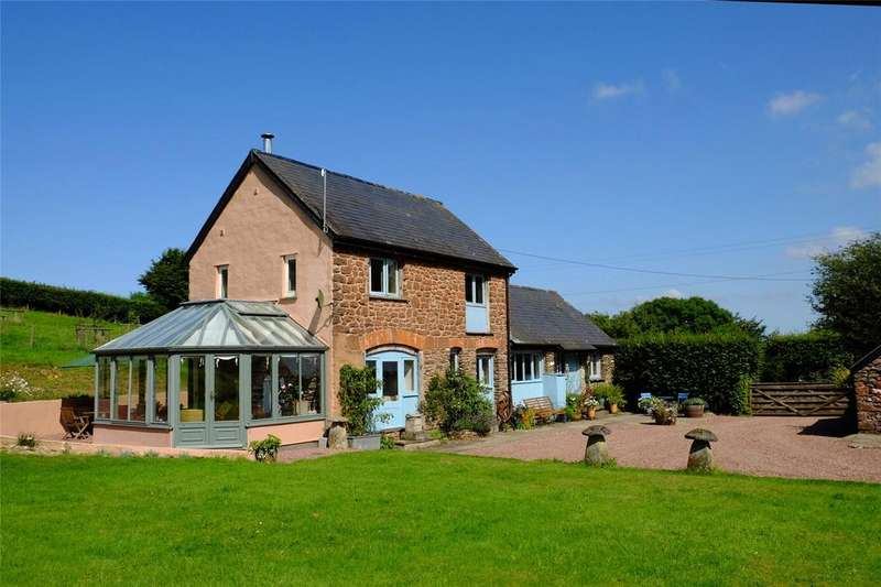 3 Bedrooms Detached House for sale in Brendon Hill, Watchet, Somerset, TA23
