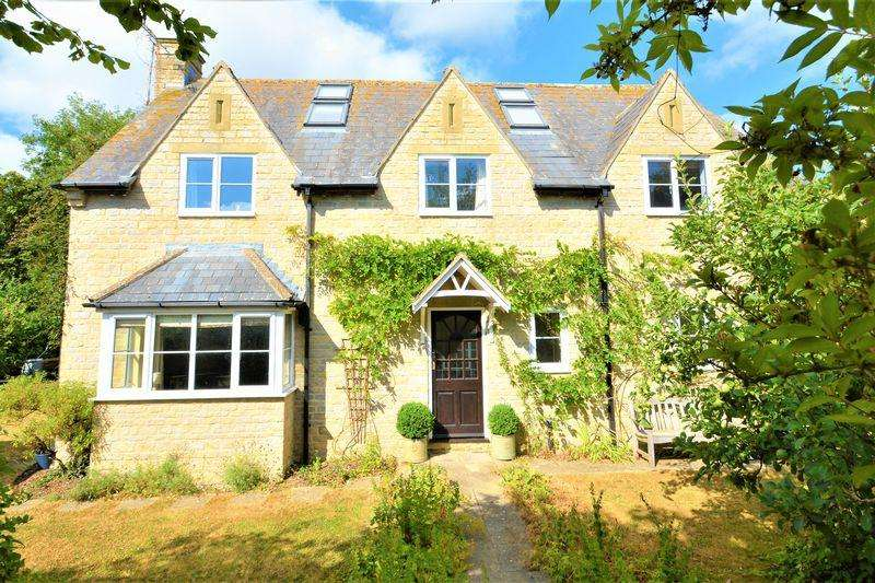 4 Bedrooms Detached House for sale in The Street, Castle Eaton, Wiltshire
