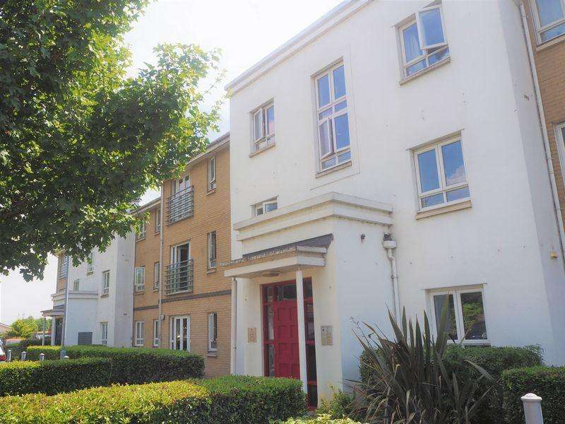 2 Bedrooms Apartment Flat for sale in Sovereign Heights, Langley