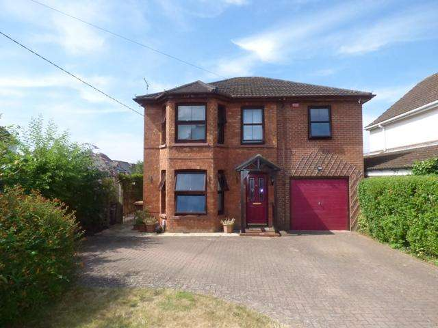 4 Bedrooms Detached House for sale in leigh road, andover SP10