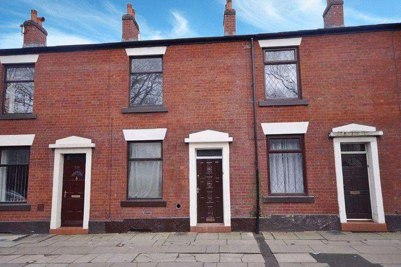 2 Bedrooms Terraced House for sale in Oldham Road, Buersil, Rochdale