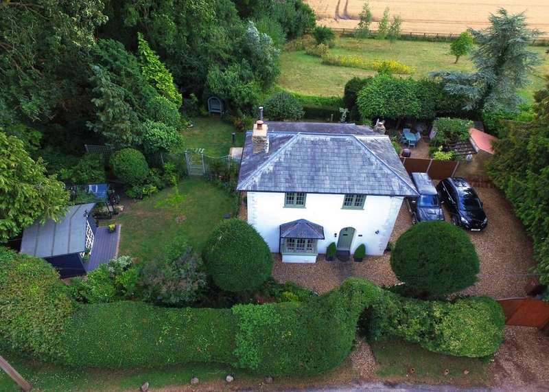 3 Bedrooms Detached House for sale in Marham, Kings Lynn, Norfolk