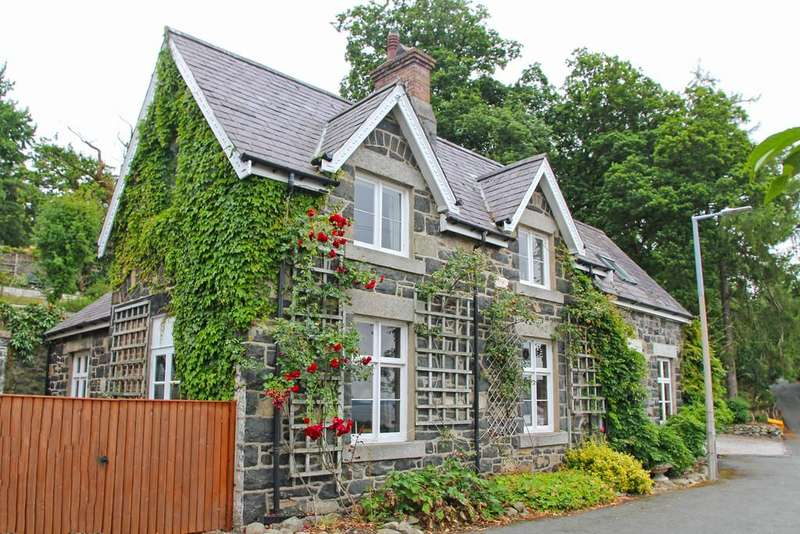 4 Bedrooms Detached House for sale in Nyth Clyd, Penmaen Park, Llanfairfechan, North Wales