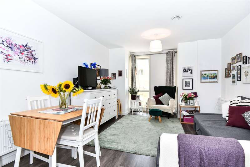 1 Bedroom Apartment Flat for sale in Trent House, 5 Kidwells Close, Maidenhead, Berkshire, SL6
