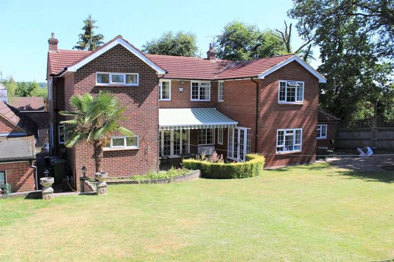 6 Bedrooms Detached House for sale in Highfield Park, Marlow