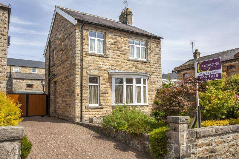 3 Bedrooms Detached House for sale in 1 Flatts Road , Barnard Castle , County Durham