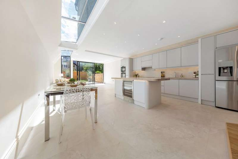 5 Bedrooms House for sale in Queensmill Road, London
