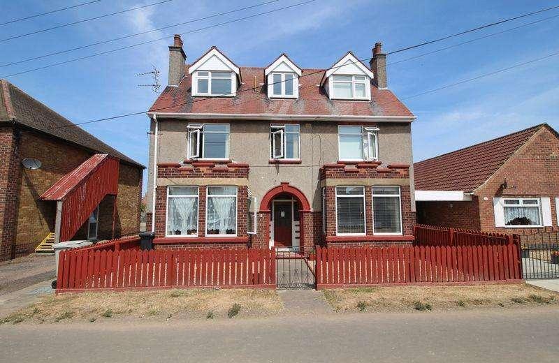 1 Bedroom Flat for sale in Winthorpe Avenue, Skegness