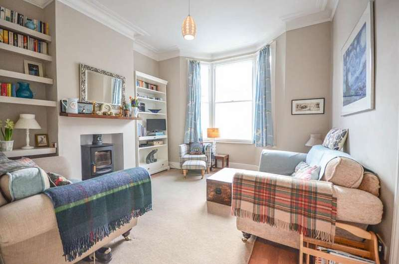 2 Bedrooms Flat for sale in Craven Park Road, South Tottenham, London, N15
