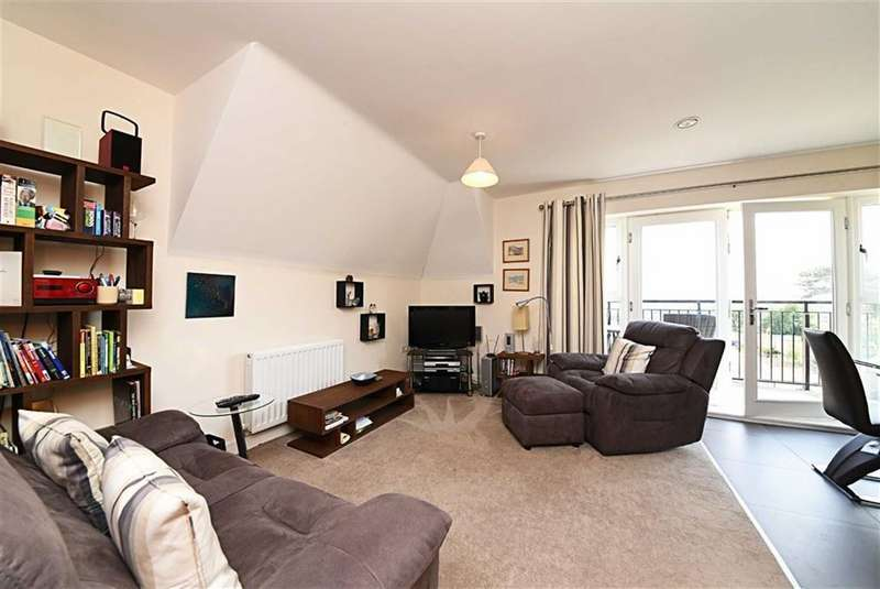 2 Bedrooms Flat for sale in Henry Darlot Drive, Mill Hill, London, NW7