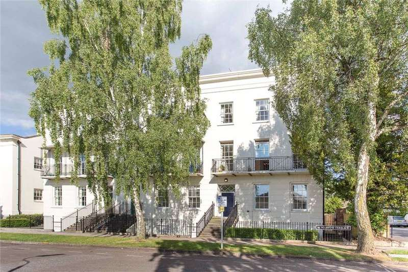 2 Bedrooms Penthouse Flat for sale in St. Martins Terrace, Clarence Square, Cheltenham, Gloucestershire, GL50