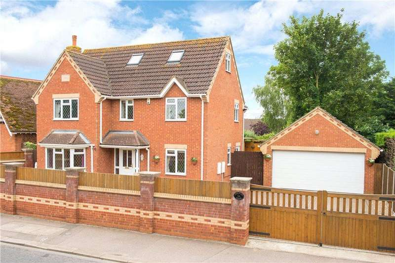 6 Bedrooms Detached House for sale in Barkers Lane, Bedford, Bedfordshire