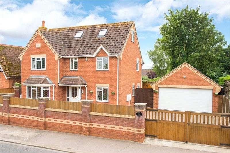 6 Bedrooms Detached House for sale in Barkers Lane, Bedford, Bedfordshire