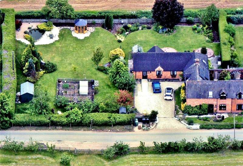 5 Bedrooms Semi Detached House for sale in Salters Lane, Lower Moor, Pershore, Worcestershire, WR10