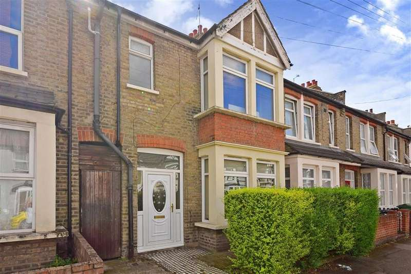 4 Bedrooms Terraced House for sale in Leonard Road, Chingford