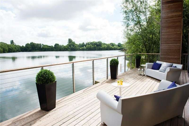 5 Bedrooms Detached House for sale in Huntsmans Lake, Lakes By Yoo, Lechlade, Gloucestershire, GL7