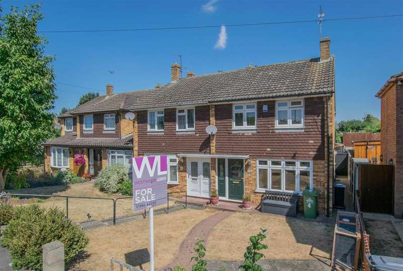 4 Bedrooms Semi Detached House for sale in Lilliards Close, Hoddesdon