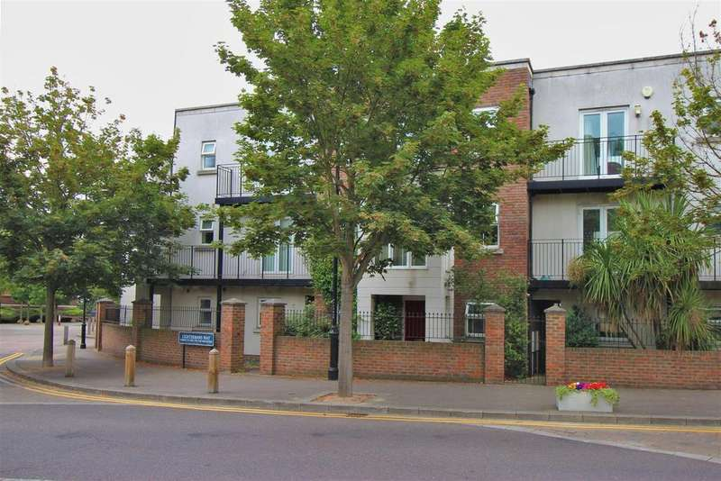 4 Bedrooms Terraced House for sale in Lightermans Way, Greenhithe