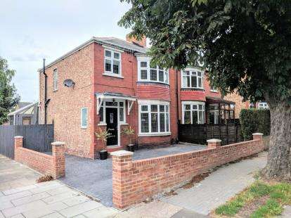 3 Bedrooms Semi Detached House for sale in Grosvenor Road, Middlesbrough, .