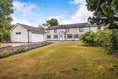 4 Bedrooms Semi Detached House for sale in Leyland Lane, Leyland, Lancs
