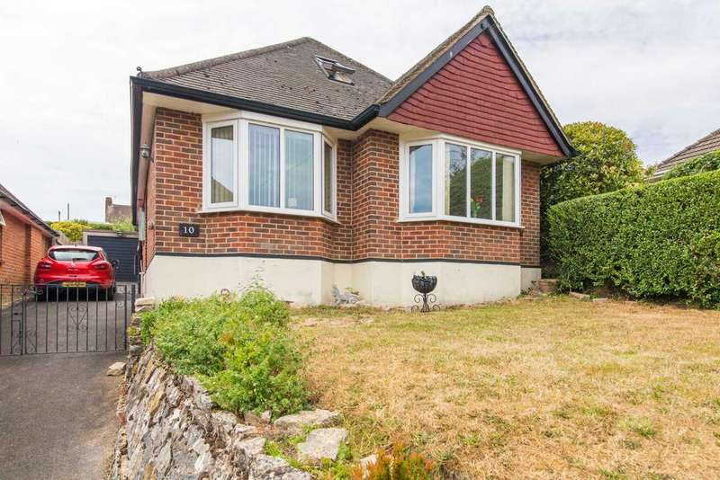 4 Bedrooms Detached Bungalow for sale in Dowlands Road, Bournemouth BH10