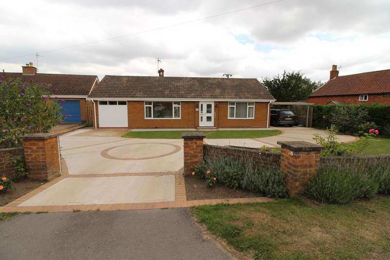 3 Bedrooms Detached Bungalow for sale in Middle Street, Corringham