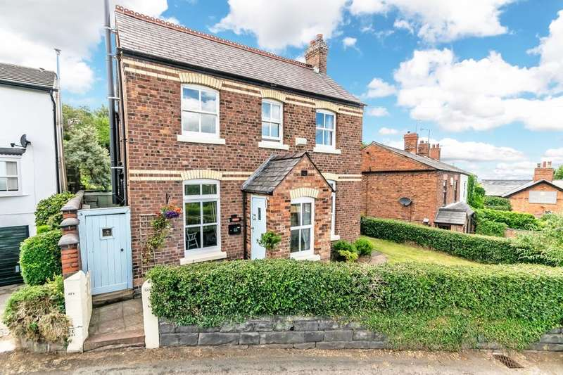 4 Bedrooms Detached House for sale in Kingsley Road, Frodsham, WA6