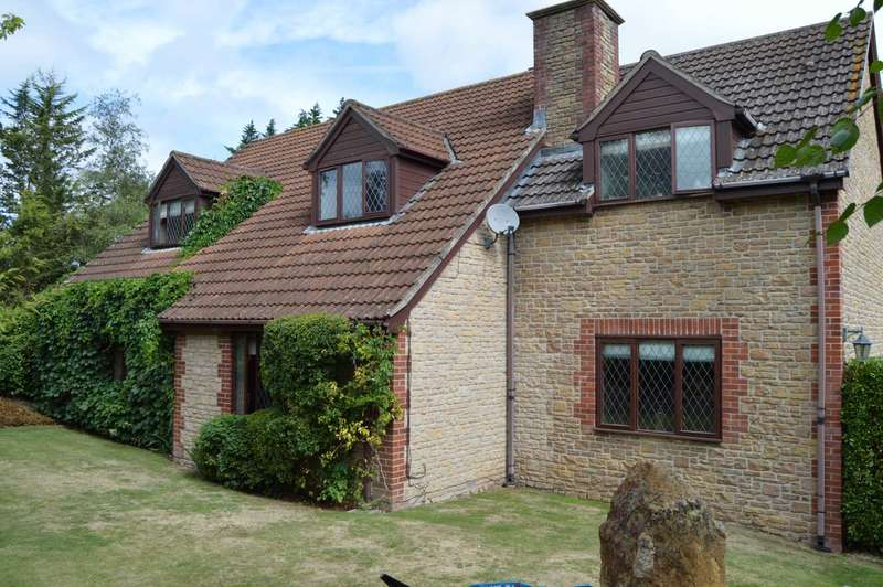 4 Bedrooms Detached House for sale in Pear Tree Wadeford TA20 33AP