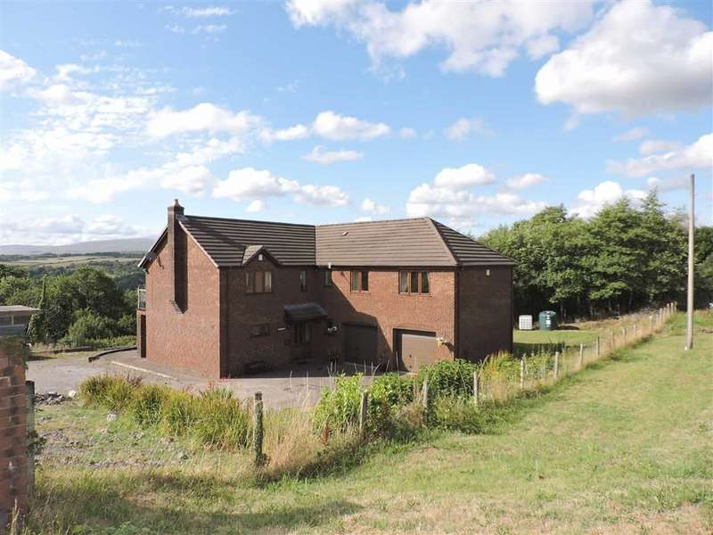4 Bedrooms Detached House for sale in Neath Road, Ystradgynlais