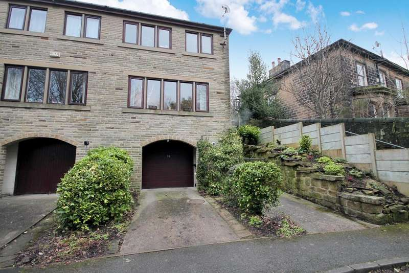3 Bedrooms End Of Terrace House for sale in Wellfield Terrace, Todmorden