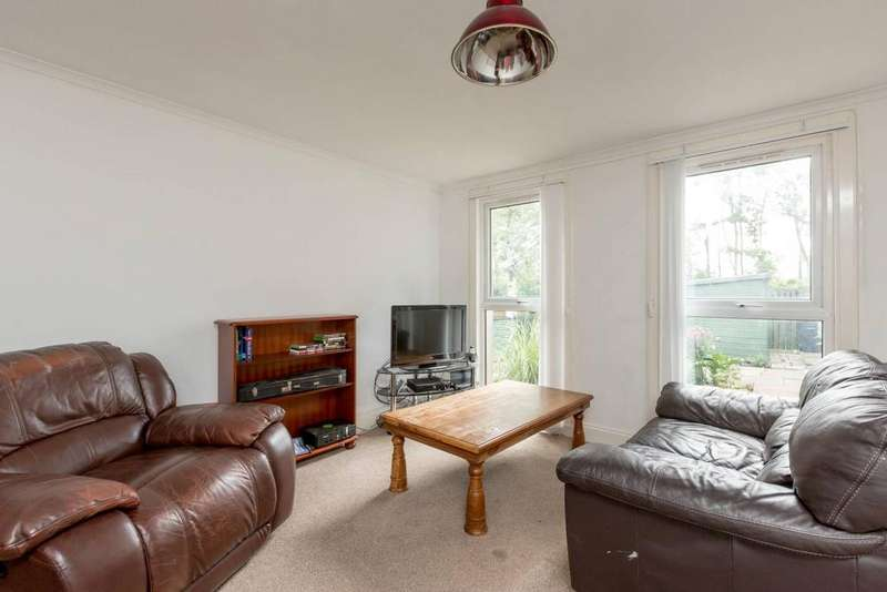 3 Bedrooms Terraced House for sale in 37 Cotlaws, Kirkliston, EH29 9DR